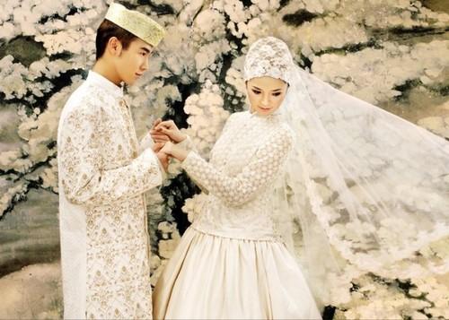 穆斯林婚纱新概念 组图