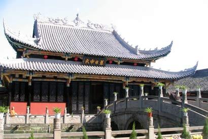 圣水寺 始建于唐代的中川第一古禅林