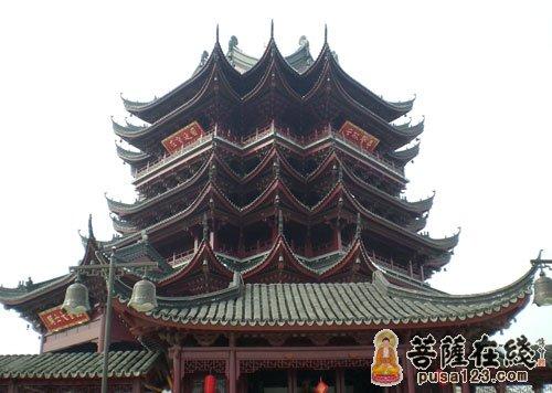 香山寺位于中岳嵩山之南约百公里,平顶山市新城区北3公里,高清图片
