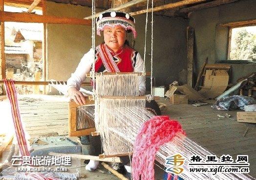 濒临消失的傈僳族传统风俗习惯