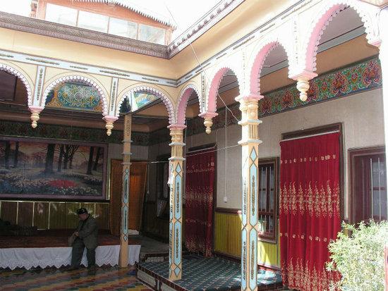 维吾尔族建筑 浓郁的民族风情