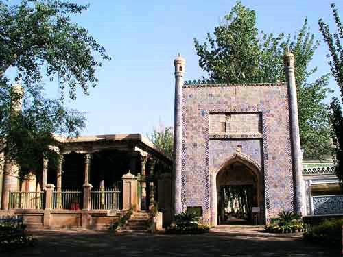 造型别致的乌孜别克族建筑
