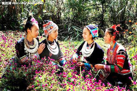 侗族的服饰,以居住的地域划分