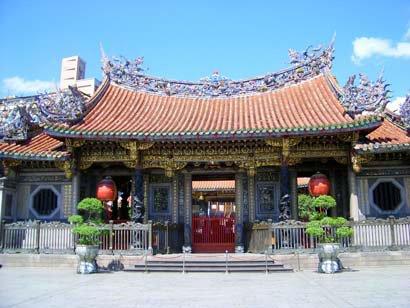 全木质寺庙屋顶结构