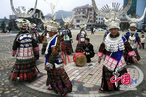 民族特色之黔南州平塘苗族服饰