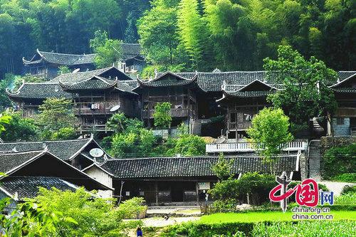 土家族民居建筑结构及附属设施