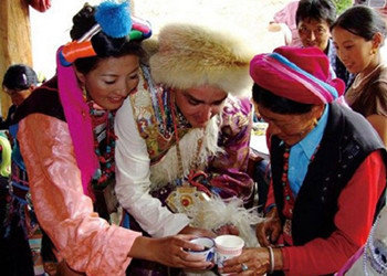 青海非遗民俗 藏族婚宴十八说图片