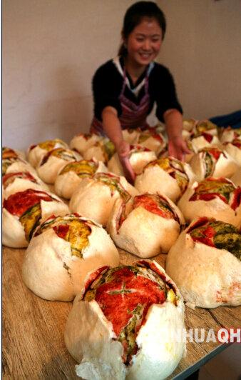 青海农家传统月饼新鲜 出笼