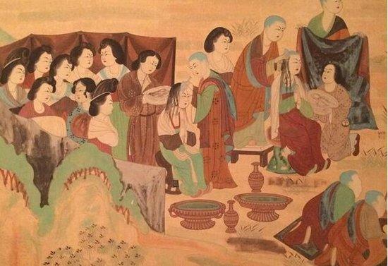 北宋奇葩规定:独生子女不能出家![ 来源:腾讯佛学  发布日期:2016-03-12 &nbsp浏览()人次  投稿  收藏 ]  敦煌壁画选·剃度   佛教最初在中国传播的时候,人们出家大抵是偶然且容易的,对于如何出家没有具体的规定,只要投师允可就行。只是那时出家的可都不是普通人。慧皎《高僧传》中记载的高僧大德,出身大多是极好的,有的是王子,有的是家世国相,有的是家世大富,有的是家世英儒,如此种种。   到了北宋,普通人想出个家可就没那么容易了,有许多条条框框的规定要满足。这时佛