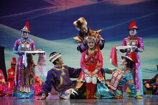 安徽省代表团的参演剧目——大型现代泗州戏