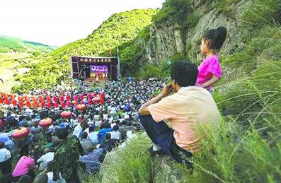 山西省岚县 土豆花开了 旅游文化月掠影图片