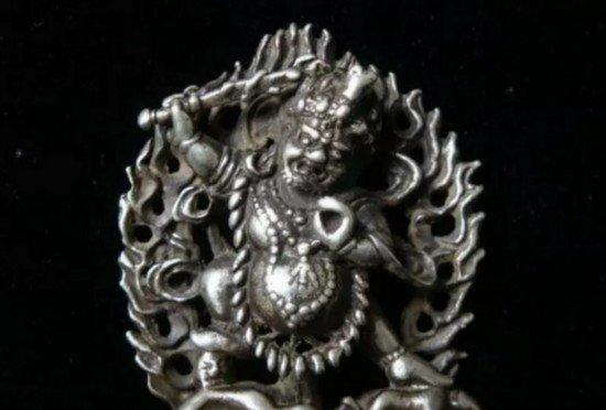 藏传佛教的有些佛像为何一定要保密?