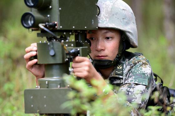 """其米卓嘎:这个藏族女兵""""蛮拼的"""""""