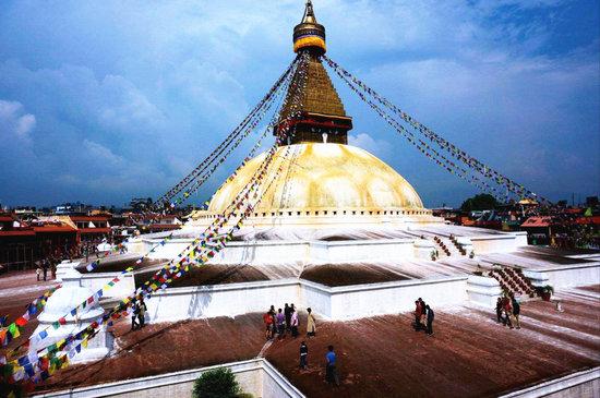 博达哈大佛塔 藏文化的缩影