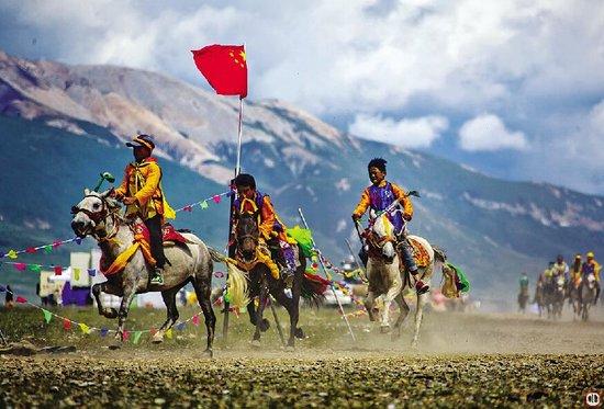 青海省海南藏族自治州民族团结进步创建活动纪实