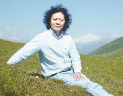觉嘎:从他的作品看到西藏音乐新高度