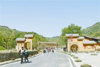 """通村位于江西省抚州市乐安县金竹畲族乡,四面环山,拥有美丽的\""""金"""