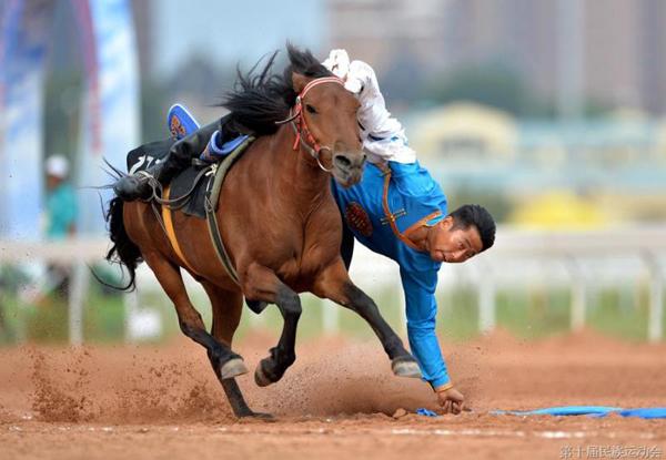 【改革开放40年】全国少数民族传统体育运动会: